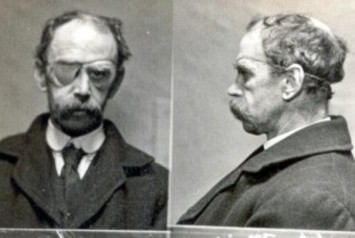 John Moir, a goods checker at Leith Walk Goods Yard, stole some tea and was fined £3 or 10 days imprisonment