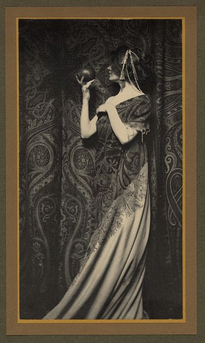 Couture Early 20th century Vintage fashion