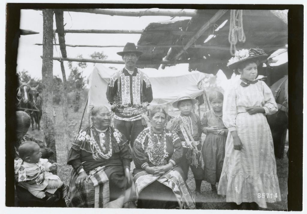 1897 Indian group